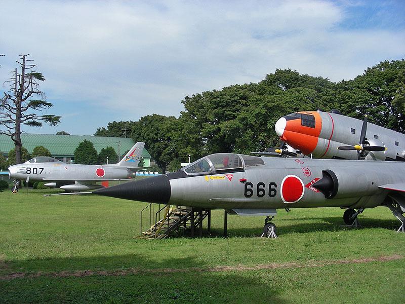 F 86 (戦闘機)の画像 p1_31